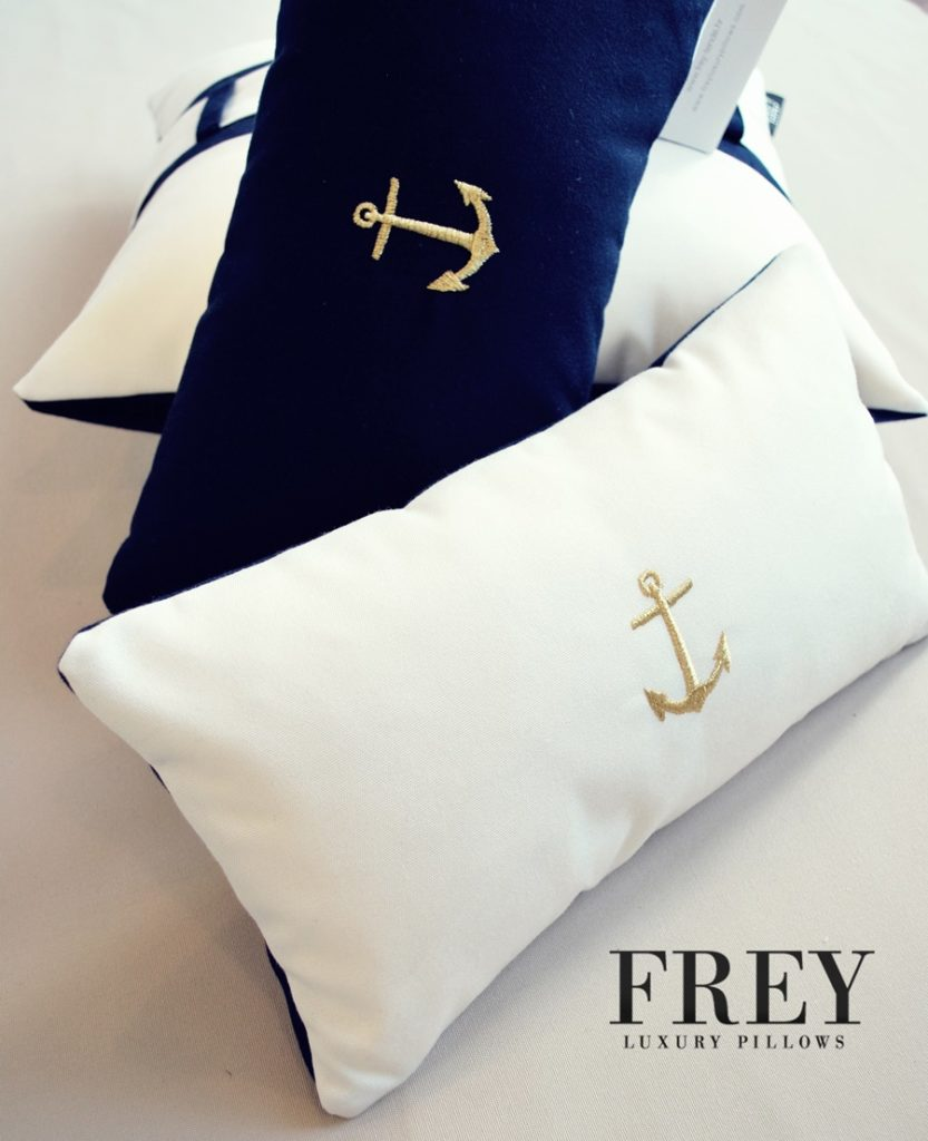 luxury pillows - luxurious packaging