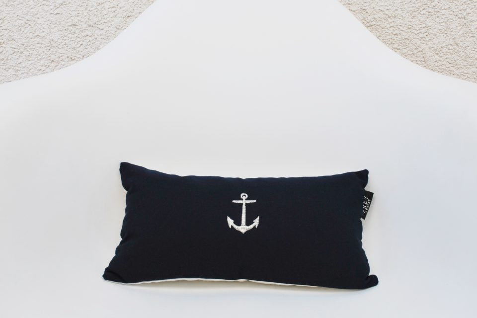 Luxury pillow - Navy Admiral